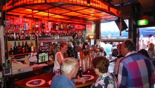 Oudjaarsavond in Café de twee Zwaantjes
